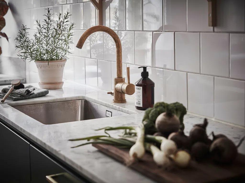 кухня в петролно зелено